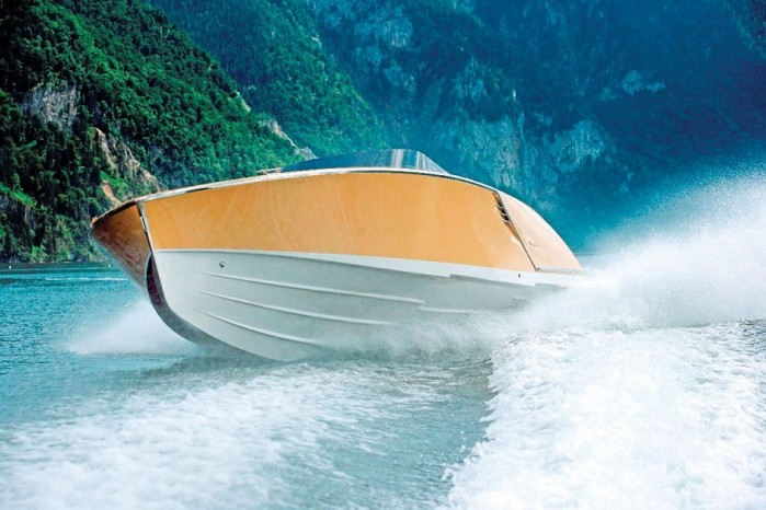 Classic Austrian Motorboat Frauscher Goes Green